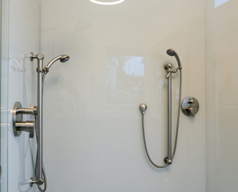 E4 Solid Glass Shower 03