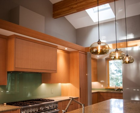 SaltSpring E4 Backsplash Angle